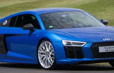 Новая модель Audi R8 с развитым кузовом, оптимизированной аэродинамикой, более прочной технической базой