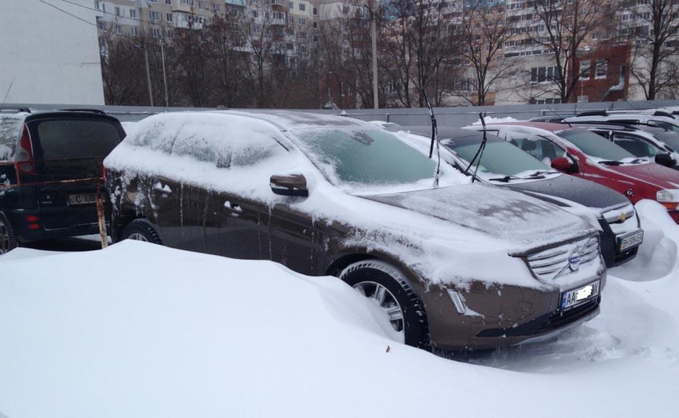 Советы по зимнему путешествию: как безопасно ездить по снегу и льду