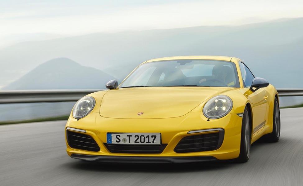 До недавнего времени самая популярная модельPorsche 911 выпустила 22 автомобиля своей версии.